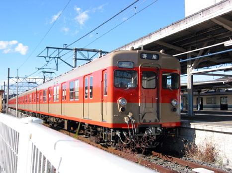 tobu8000-3.jpg